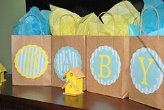 Cute bags for the winners of games!  This blog has amazing pictures of other baby showers that she's done...