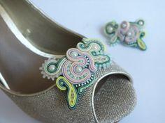 ...sutasz... ...soutache... ...biżuteria... ...handmade... ...AnimaArt...: przypinki do butów soutache/ sutasz