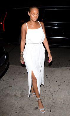 Rihanna arriving at Giorgio Baldi restaurant in LA June Estilo Rihanna, Rihanna Mode, Rihanna Street Style, Rihanna Riri, Rihanna Outfits, Rihanna Fashion, Bad Gal, Manolo Blahnik, Spring Summer Fashion