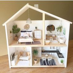 8 Simple but Beautiful DIY DollHouse Ideas for Your Daughter