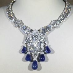 Van Cleef and Arpells Diamond and sapphires Sapphire Pendant, Sapphire Jewelry, Diamond Pendant Necklace, Diamond Gemstone, Gemstone Necklace, Diamond Jewelry, Diamond Necklaces, Photo Jewelry, Cute Jewelry