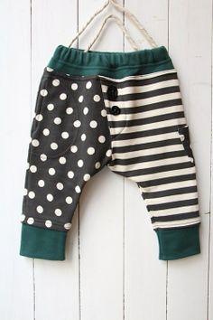 ドットボーダーサルエルパンツ/チャコール - 100% picnic. Little Boy Outfits, Little Boy Fashion, Baby Boy Fashion, Baby Boy Outfits, Kids Outfits, Kids Fashion, Little Man Style, Little Boys, Bb Style