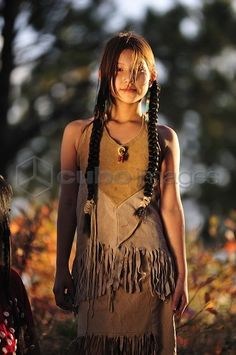 Native American Girls Young 12 | Young Native Indian Girl, Crow Creek Sioux Tribe, South Dakota, USA ...