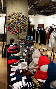 Edition Marunouchi Arch Interior, Retail Merchandising, Christmas 2014, Layout, Design Ideas, Display, Home Decor, Homemade Home Decor, Retail