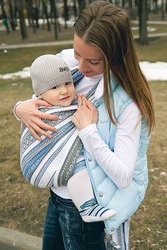6f55621a4c2 Сообщество любителей слинг-шарфов - Фото на конкурс  Ellevill Zara Tricolor  Blue Baby Carriers