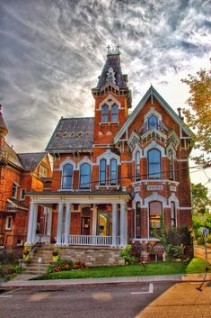 Brockville Ontario - Canada - Watkins F. Victorian House Plans, Victorian Style Homes, Victorian Farmhouse, Victorian Houses, Victorian Decor, Victorian Lace, Victorian Architecture, Beautiful Architecture, Beautiful Buildings
