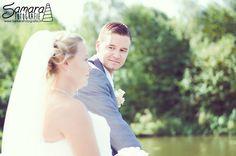 Wedding - Love - Romantic - Park - Bride - Groom - Veil - Photography - Weddingphotography - Photoshoot - White - Blue - Green - Lake Bruiloft - Liefde - Romantisch - Park - Bruid - Bruidegom - Sluier - Fotografie - Bruidsfotografie - Fotoshoot - Wit - Blauw - Groen - Meer