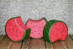 Watermelon Cement Pavers, Painted Pavers, Painted Rocks, Brick Pavers, Painted Bricks Crafts, Brick Crafts, Stone Crafts, Landscape Pavers, Garden Pavers