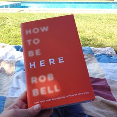 Club de Lectura: How to be Here / Fanny at Home