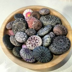 zentangle rocks - Google Search