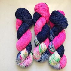 I think this would knit up as stripes with one stripe speckled? Love that idea! From Lush Knits.