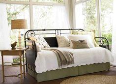 Decorating bedrooms with daybeds - https://bedroom-design-2017.info/style/decorating-bedrooms-with-daybeds.html. #bedroomdesign2017 #bedroom