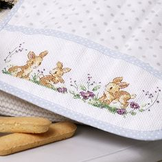 Le Point, Needle And Thread, Coin Purse, Cross Stitch, Embroidery, Crochet, Easter, Friends, Gallery