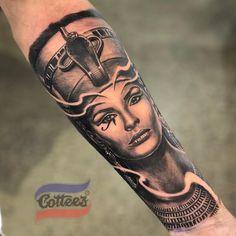 Cleopatra Tattoo, Nefertiti Tattoo, African Sleeve Tattoo, Egyptian Tattoo Sleeve, God Tattoos, Body Art Tattoos, Script Tattoos, Arabic Tattoos, Dragon Tattoos