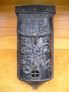 Vintage Cast Iron No 2 Mailbox. Just picked one up at a G-Sale for $3.00. SQUEEEE!!! I almost feel guilty...almost