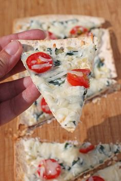 These Spinach Artichoke Flatbreads give you all the creamy, cheesy flavor of your favorite dip baked over a thin, crispy pizza crust – no chips required! Just 357 calories. www.emilybites.com