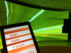 Curved projection wall - showroom for OSRAM