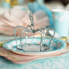 DIY Pipe Cleaner Princess Wands - Cinderella Birthday Party