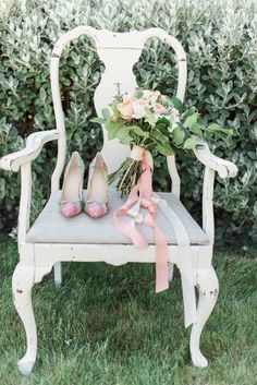 Wallpaper and Watercolor Wedding Ideas photography by B. Green Lake Jewelry, Watercolor Wallpaper, Dress Rings, Watercolor Wedding, Outdoor Furniture, Outdoor Decor, Vintage Floral, Paper Goods, Floral Design