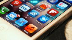 Η ιστορία του iOS σε ένα βίντεο [BINTEO]  - Την προηγούμενη Δευτέρα η Apple μάς παρουσίασε το iOS 8 στο keynote του WWDC 2014. Πρόκειται για την 8η έκδοση του λογισμικού της Apple για τις κινητές συσκευές της η οποία περιέχει μια σειρά από αλλαγές. Το Verge δημιούργησε βίντεο που μας παρου�