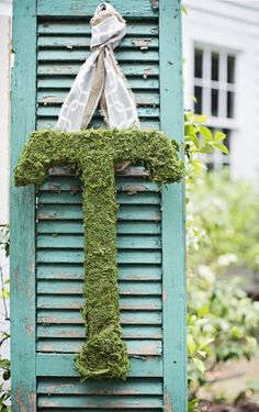 moss monogram  Photography by jacquierives.com