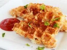 Yum... I'd Pinch That! | Hash Browns in the Waffle Iron... so doing this!
