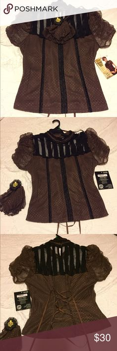 """Victorian Style Top Got it and planned to wear at my vending stand on Halloween weekend but didn't because it was super cold and rainy. Im not really interested in selling it, but I'll put it up on here in case someone really wants to buy it. It has great stretch and corset line ties in the back. I love the mesh chest area and that the octopus adornment is removable. I am 5'2"""" 142 lbs D cup and it fit me nice. Says it fits size 12-14. 🍂🖤🍂 spirit Tops"""