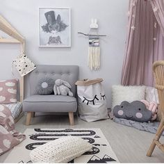 The sweetest of rooms to end the day featuring our Adventure Rug, Closed Eye storage sack and Miss Luca limited edition print by Mrs Mighetto. This print is about to sell out Nationally but luckily for you we have all these in stock and ready to ship now at the link in our bio Beautiful pic @blogsachi