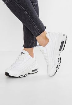89b779315f3 AIR MAX 95 - Sneakers - summit white black   Zalando.se 🛒. Air Max 95 WhiteAir  Max 1Nike ...