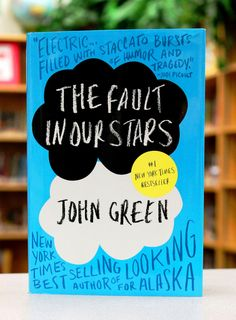 """Discover discounts for The Fault in Our Stars by John Green. From John Green, the bestselling author of Turtles All the Way Down """"The greatest romance st John Green Libros, John Green Books, Ya Books, Great Books, Books To Read, Amazing Books, Reading Lists, Book Lists, Reading Goals"""