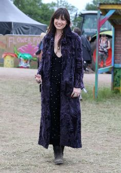 Pin for Later: See the Stars Who Came Out to Party at Glastonbury Daisy Lowe