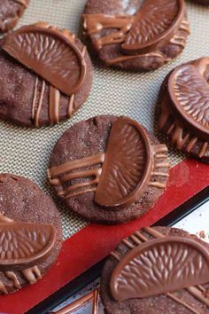 Chocolate Orange Shortbread Cookies - Jane's Patisserie Springerle Cookies, Shortbread Cookies, Chunky Chocolate Chip Cookies, Terry's Chocolate Orange, Janes Patisserie, New Recipes, Chips, Desserts, Display