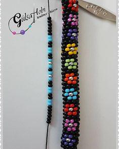 Çiçekler açsın 💐💐 8li yapılıyor istedigimiz renkte şablonu dizerek tek renk ya da renk renk yapabiliriz ❤❤ #Gülşahobi #kendimcetakılarım… Bead Crochet Patterns, Bead Crochet Rope, Beaded Jewelry Patterns, Bracelet Patterns, Beading Patterns, Crochet Beaded Bracelets, Beaded Bracelets Tutorial, Beaded Necklace, Diy Schmuck