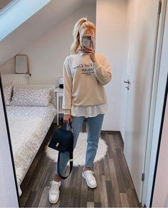 Basic Outfits, Winter Fashion Outfits, Mode Outfits, Outfits For Teens, Stylish Winter Outfits, Cute Casual Outfits, Baskets Louis Vuitton, Korean Fashion Casual, Aesthetic Clothes