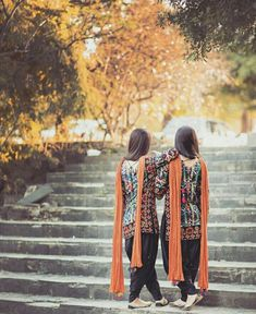 Image may contain: one or more people, people standing and outdoor Cute Girl Photo, Girl Photo Poses, Girl Photography Poses, Girl Photos, Dreamy Photography, Stylish Dresses For Girls, Stylish Girls Photos, Stylish Girl Pic, Pakistani Dresses Party