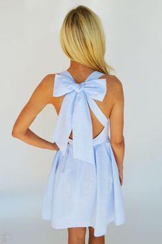pretty dress. bow back.