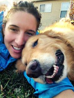 Golden selfie /('♥')\ my favorite breed of dog /('♥')\