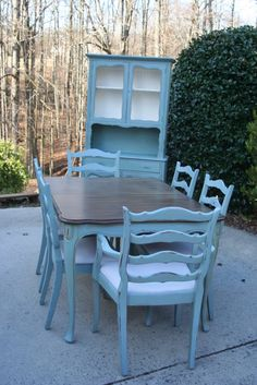 Weathered Pieces French Provincial Dining Room Table And 4 Chairs Painted Blue