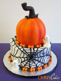 Cool Spider Web Pumpkin Topper Halloween Cakes - 2014 Ghost Decor Dessert  #2014 #Halloween