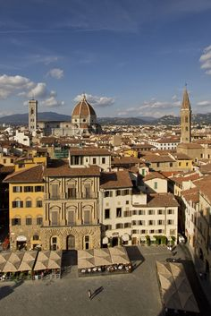 A view from the Palazzo Vecchio on a part of the Piazza della Signoria. On the bottom right is the Gucci-Museo.