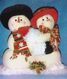 Molde: Pareja de muñecos de nieve enamorados 4th Of July Wreath, Snowman, Teddy Bear, Wreaths, Christmas Ornaments, Toys, Holiday Decor, Outdoor Decor, Home Decor