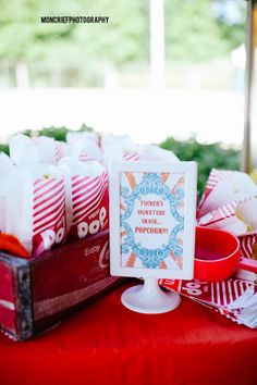 joint ice cream birthday party for two brothers | Moncrief Photography