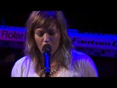 Kelly Clarkson- Sober (Live)