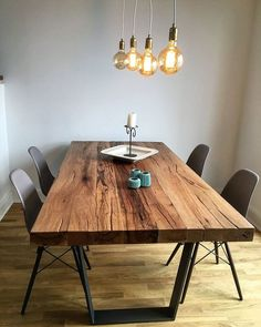 Holztisch esstisch Dining table / solid wood table made of old oak wood / concrete table frame Wooden Dining Tables, Dining Table Design, Dining Room Table, Dining Set, Design Tisch, Concrete Table, Wood Concrete, Table Frame, Solid Wood Dining Table