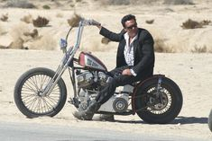 The Gent from the Biker movie Hellride,Awesome Old School Bike!!