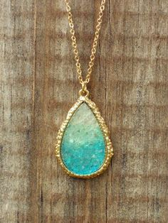 Ombre Dream Catcher Druzy Necklace [3153] - $21.00 : Vintage Inspired Clothing