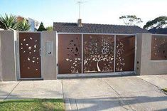 compound wall gate designs using cnc cutting Iron Main Gate Design, House Main Gates Design, Front Gate Design, Door Gate Design, Fence Design, Wall Design, Gate Designs Modern, Modern Gates, Facades