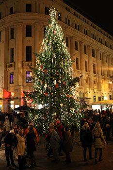 Budapest Christmas Fair 2016. Vörösmarty Square