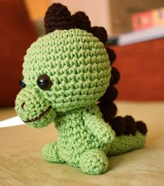 Amigurumi Dragon - free crochet pattern and tutorial