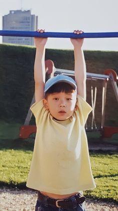 Nct 127, Exo Red Velvet, Overlays Instagram, Childhood Photos, Jung Jaehyun, Valentines For Boys, Jaehyun Nct, Cute Cartoon Wallpapers, Disney Wallpaper